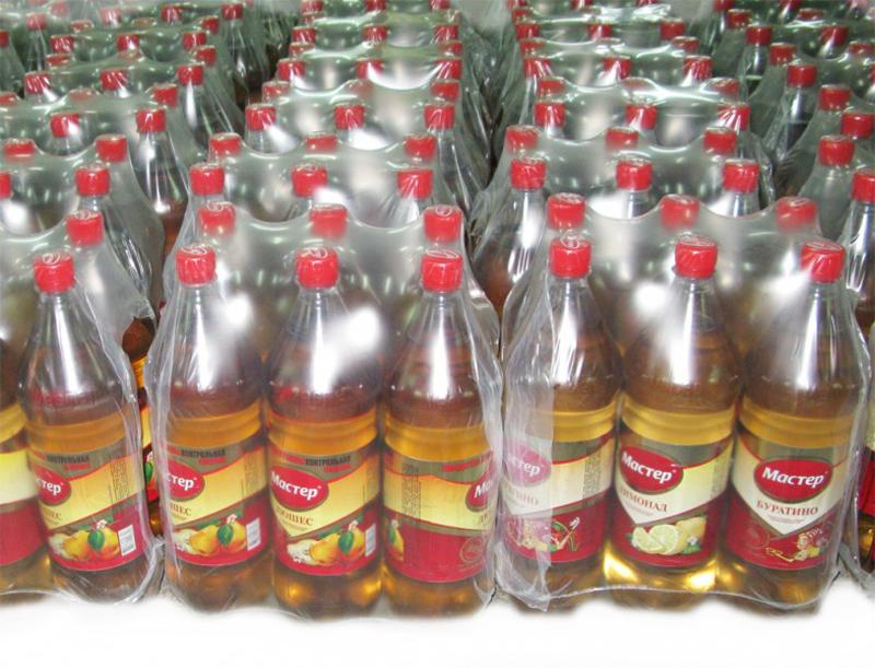 Упаковка бутылок в термоусадочную пленку