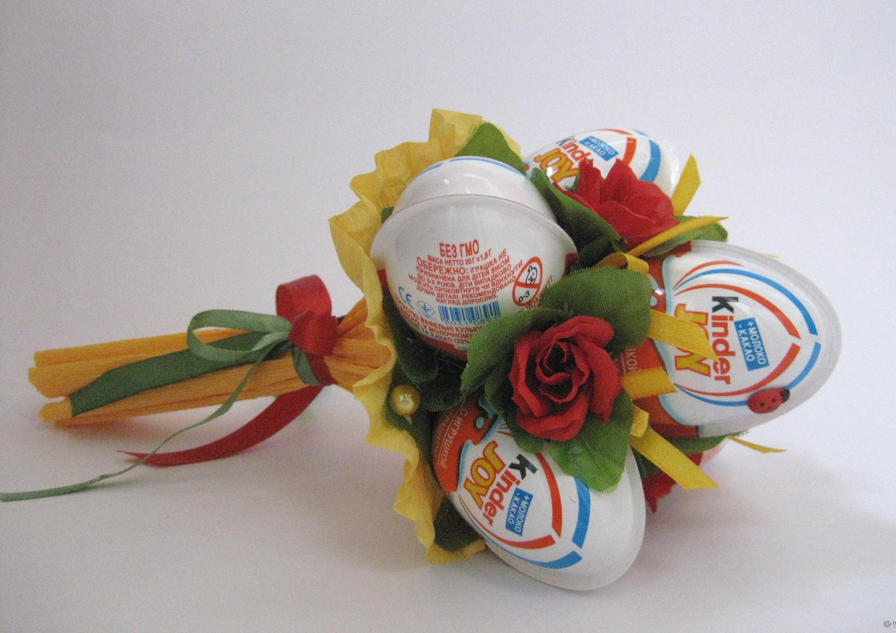 Букет из киндер яиц своими руками пошаговое фото